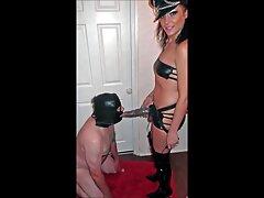 Falso policía rock chica en uniforme de policía sexo duro casero real