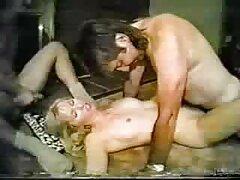 Louise mierda Gay tomarlo en un tazón de pescado-más hotajp com sexo anal casero real