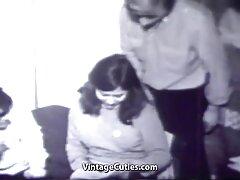 Amateur caliente folla su coño delante videos caseros sexo reales de la cámara.